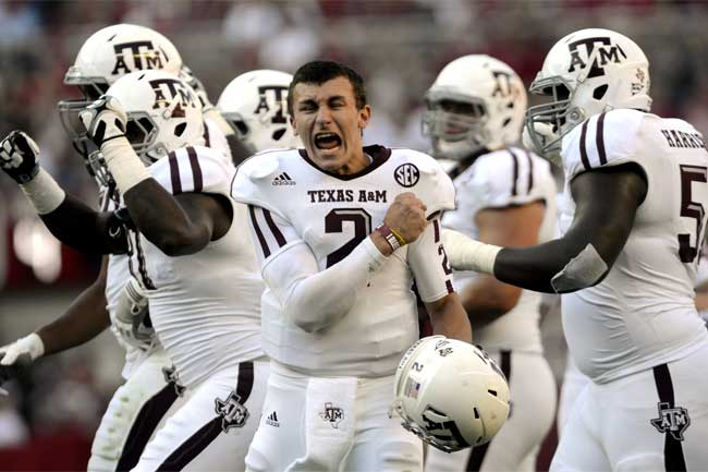 Heisman favorite Johnny Manziel will look to lead the Texas A&M Aggies to a title.